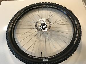 Bontrager Connection Front Wheel 29 700 C Gravel MTB Quick Release Rim Disc 27mm