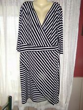 Women's Lane Bryant Black & White Cross Over V 3/4 Sleeve Dress - size 26 - 28