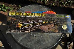 John Deere HO Scale 1998 Train Set Collectors's Edition Sealed Box