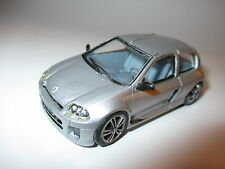 Renault Clio V6 24V in silber argentin silver metallic, Provence Moulage in 1:43