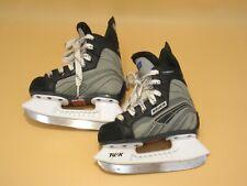 Bauer Mega 50 youth skates size 8 regular
