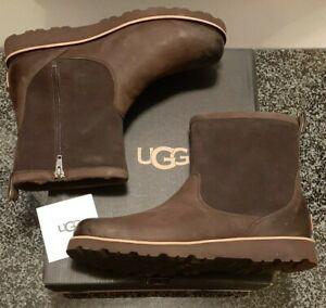 UGG Hendren TL Men's Size US 12 Leather Sheepskin Stout Waterproof Snow Boots