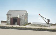 Wills CK15 Craftsmans Kits Goods Shed, Loading Bank & Crane Plastic Kit OO Gauge