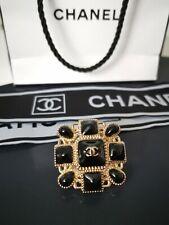 Chanel Knopf METALLZIERTEIL 34 x 34  mm Knöpfe Button Boutons CC Logo Aufnäher