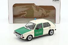 Volkswagen VW Golf 1 Polizei Baujahr 1974 grün / weiß 1:18 Solido