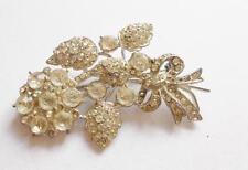VINTAGE Art Deco D'Argento Tono Cristallo di Vetro Chiaro Bouquet Floreale Fiori Spilla