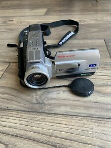 Panasonic Camcorder PV-DV201D Mini DV / Needs Battery and Charger *Rare*
