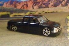 SLAMMED 1999– 2007 Chevrolet Silverado Ext-cab Sport Truck 1/64 Scale Ltd Edit A
