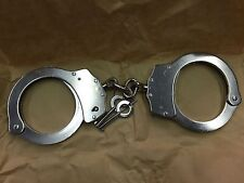 DOUBLE LOCKING SOLID STEEL POLICE HANDCUFFS, 2 GENUINE Police Keys, rrp £22.99