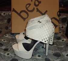 BEAU ASHE TASIA  WHITE PLATFORM SANDALS SHOES SZ 9