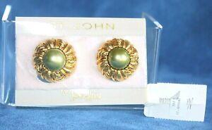 Vintage Designer ST JOHN Never Worn NEIMAN MARCUS Grey Pearl Clip On Earrings