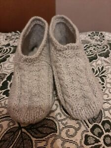 Mens hand knitted booties/slippers,size 10