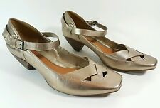 Clarks womens gold leather mid heel shoes uk 6