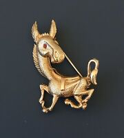 Adorable vintage Donkey brooch in gold tone metal