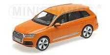 Minichamps 110014004 Escala 1:18 , AUDI Q7 2015 Naranja 6 ABERTURAS #