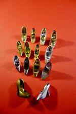 Muñeca Barbie y otros Bundle Lote 14 Single Raro Oro Y Plata Tonos Tribunal Zapatos