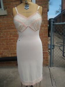Vintage Kayser Ivory Slip Nylon Pink Embroidery overlay size 34 Sissy