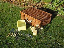vintage traditional Sirram wicker picnic set basket box hamper