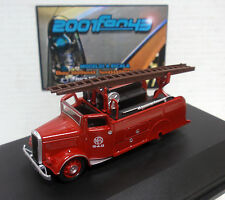 DENNIS LIGHT 4 NEW WORLD FIRE BOMBEROS 1/76 OXFORD 00