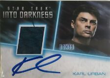Star Trek Beyond Karl Urban autograph relic costume card as Bones