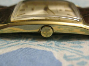 Vintage 18 K solid Gold Zenith Swiss made - Rare - MINT