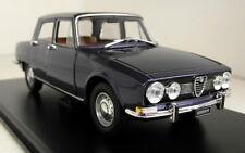 Atlas 1/24 Scale Alfa Romeo 1750 Berlina 1968 + Display Case Diecast model car