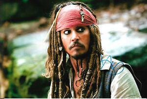 "Johnny Depp ""Fluch der Karibik"" Autogramm signed 20x30 cm Bild"