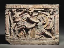 Urna  Etrusca. terracota con policromia. siglos lll a.c.