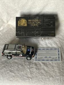 Dale Earnhardt 1999 Goodwrench Chevrolet Blazer 1:24 scale Brookfield Collectors