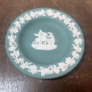 Vintage Wedgwood Dark Green Jasperware Dish