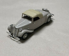 UH Universal Hobbies 1/43 Citroën Traction 11 A cabriolet
