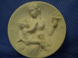 *MADONNA SERENA* by A. Santangela ~Di Volteradici MCMLXXIX ~ Alabaster Sculpture
