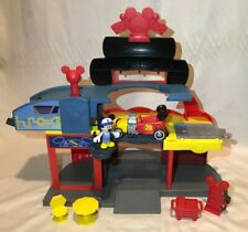 Mickey and The Roadster Racers Garage Play-Set, Disney Junior
