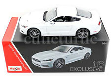 Maisto 2015 Ford Mustang GT 5.0 1:18 Diecast Exclusive Edition 38133 White