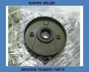 VESPA GTS 125 & GTS 250 & GTS 300 Crankshaft Timing System Cover/Seal