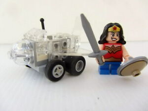 GENUINE LEGO MIGHTY MICROS WONDER WOMAN AND VEHICLE  MINIFIG - Good Cond