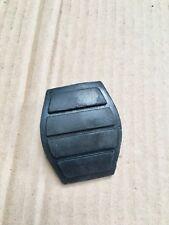 couvre pedale de frein -pieces d'origine- RENAULT R5,R19,TWINGO,ESPACE I,CLIO I