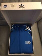 Adidas adicolor toy2r qee jacket size L blue bl3 2006