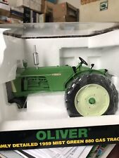 1/16 Oliver 880 Highly Detailed 1959 Diecast Gas Tractor by Spec Cast NIB