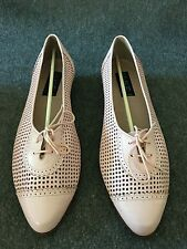 Van Eli Woman's Shoes U.S. Size 9.5 M Pink New Made In Italy