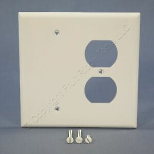 Cooper Mid-Size White Commercial Blank Receptacle Combo Cover Wallplate PJ138W