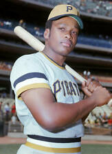 OLD LARGE BASEBALL PHOTO MLB Al Oliver of the Pittsburgh Pirates 1970