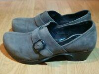 DANSKO Slip On Professional Clogs Shoe Grey Suede Leather Size 37 US 6.5-7