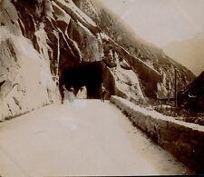SUISSE 1900 - Le Trou d'Uri - Ph. M. Gourdon 112