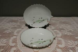 Ikenobo Pair Of Trinket Dishes - Leaf Shaped - Gilt Trim - Very Good Condition