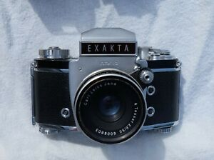 Exacta SLR, Varex IIb, Carl Zeiss Lens, 1960s. Spare viewfinders. Colchester.