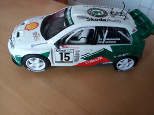Scalextric Hornby Skoda Fabia WRC #15