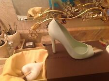 LOUIS VUITTON RUNWAY MINT GREEN SHOES PUMPS SIZE 40 SOLD OUT MINT CONDITION