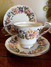 VINTAGE Paragon Country Lane TRIO ~ CUP SAUCER PLATE **WEDDINGS TEA SHOP|CAFE