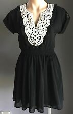 Vintage Chic DOTTI Black & Ivory Short Sleeve Elastic Waist Dress Size 8